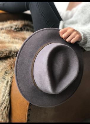 Classic grey/purple hat