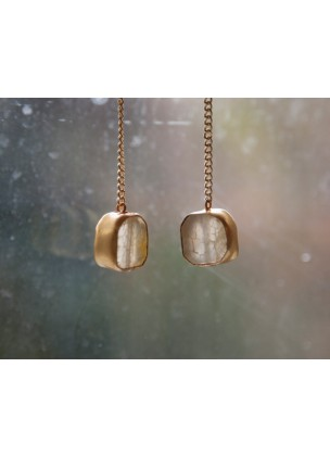 MOONSTONE - Carlala Jewelry