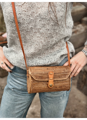 "Straw crossbody - '""Lora"""